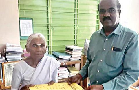 ஒரு ரூபாய் இட்லி பாட்டிககு சொந்த வீடு வழங்கும் மஹிந்திரா நிறுவனம் ! 7c589cf28afa9086c2483f6d7a4c1ee6